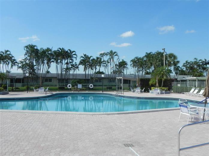 5463 Cresthaven Boulevard B, West Palm Beach, FL - USA (photo 4)