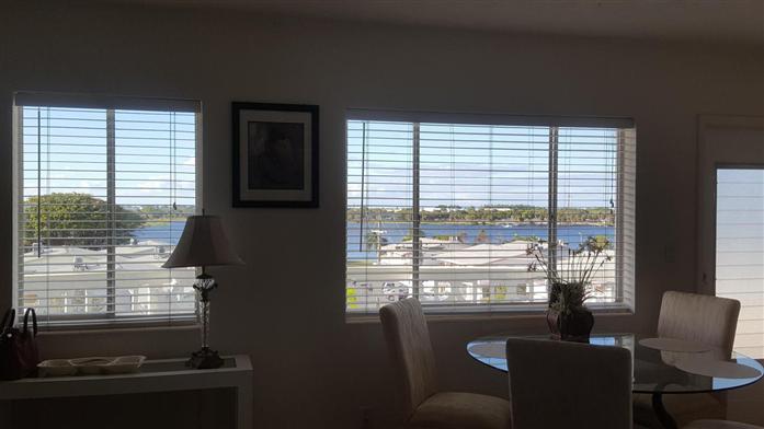 2381 Sunset Avenue 416, Lake Worth, FL - USA (photo 3)