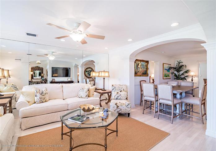 245 Gray St, West Palm Beach, FL - USA (photo 5)