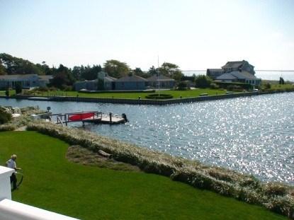 16 Canal Way, Hampton Bays, NY - USA (photo 3)