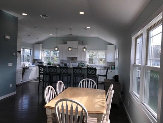 7 Peconic Crescent, Hampton Bays, NY - USA (photo 4)