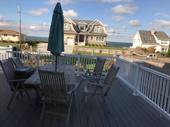 7 Peconic Crescent, Hampton Bays, NY - USA (photo 5)