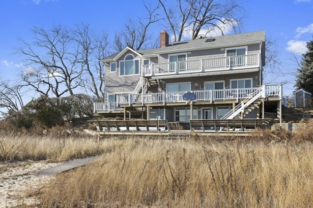 725 Terry Lane, Southold, NY - USA (photo 2)