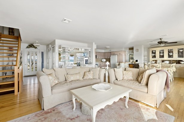 725 Terry Lane, Southold, NY - USA (photo 4)