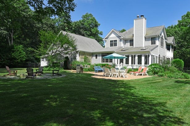3 East Moriches Blvd., East Moriches, NY - USA (photo 4)