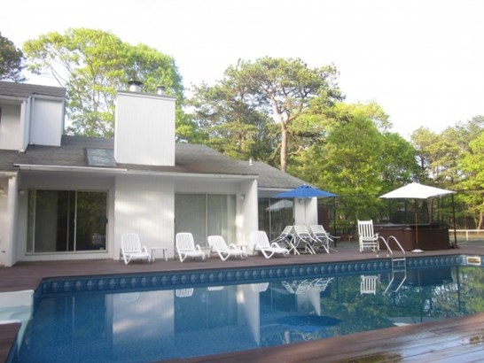 3 Whippoorwill Court, East Quogue, NY - USA (photo 1)