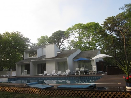 3 Whippoorwill Court, East Quogue, NY - USA (photo 2)