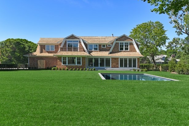 28 Michaels Way, Westhampton Beach, NY - USA (photo 2)