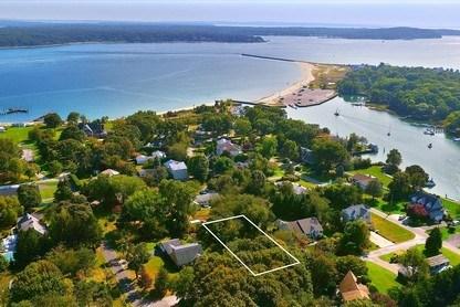 165 Marine Place, East Marion, NY - USA (photo 1)