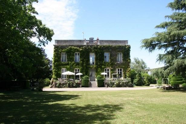 Fontenay-le-comte - FRA (photo 1)