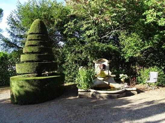Fontenay-le-comte - FRA (photo 5)