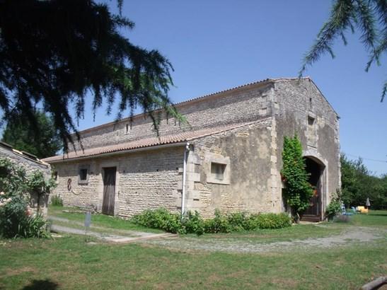 Coulonges Sur L'autize - FRA (photo 2)