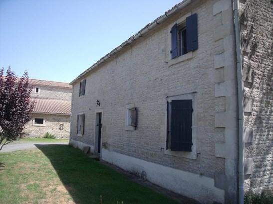 Coulonges Sur L'autize - FRA (photo 4)