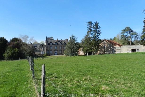 Jaligny Sur Besbre - FRA (photo 2)