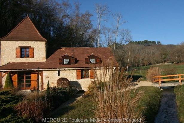 Saint Front Sur Lemance - FRA (photo 1)