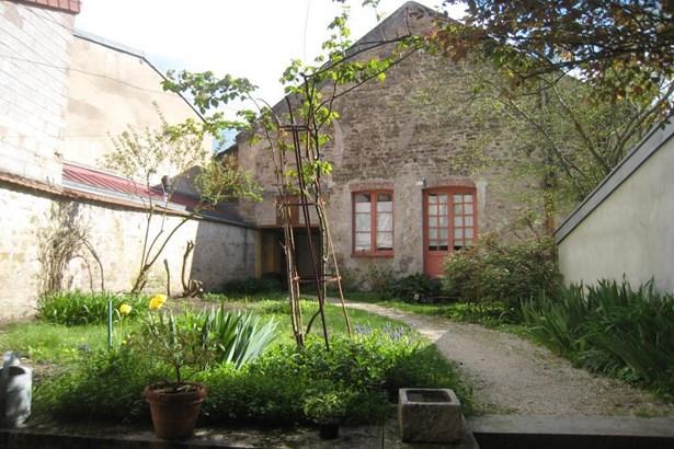 Semur En Auxois - FRA (photo 2)