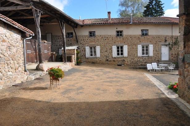 Longessaigne - FRA (photo 1)