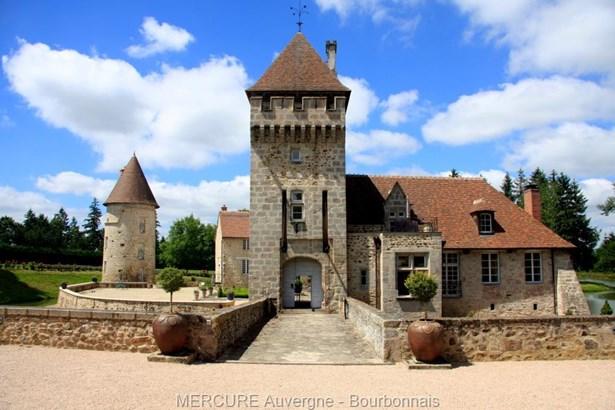 Montlucon - FRA (photo 1)