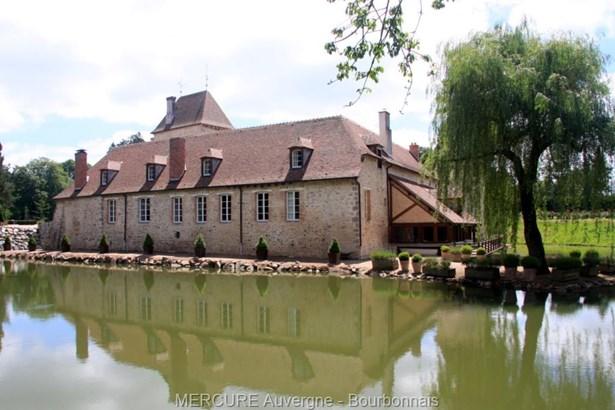Montlucon - FRA (photo 4)