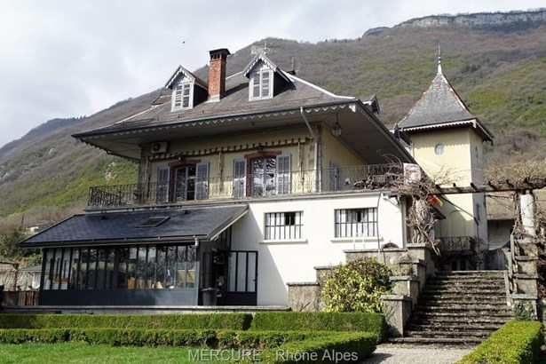 Montmelian - FRA (photo 2)