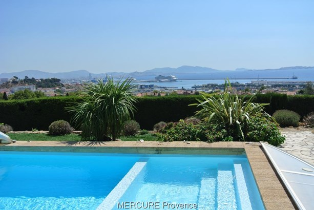Marseille - FRA (photo 2)
