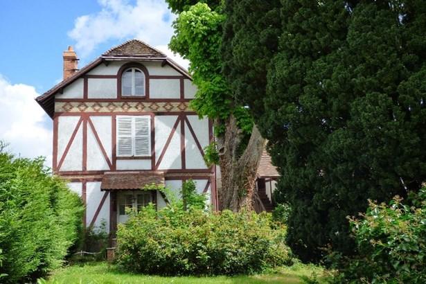 Villers Cotterets - FRA (photo 5)