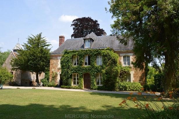 Lisieux - FRA (photo 1)