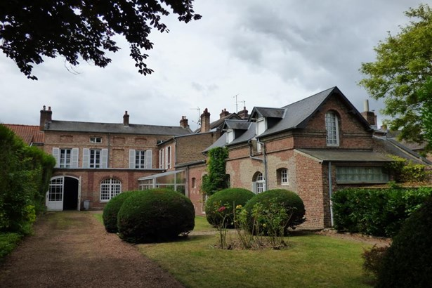 Abbeville - FRA (photo 1)
