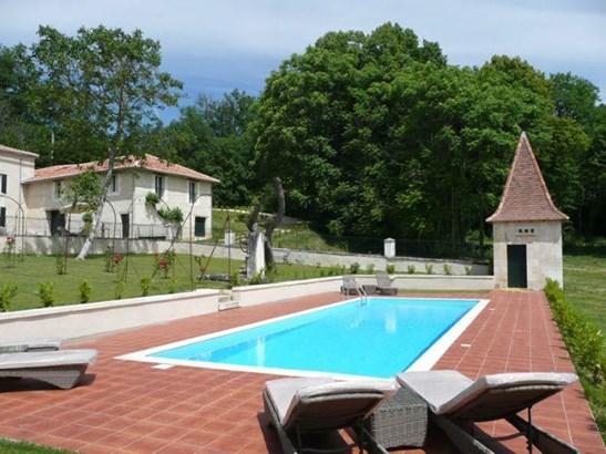 Aubeterre-sur-dronne - FRA (photo 3)