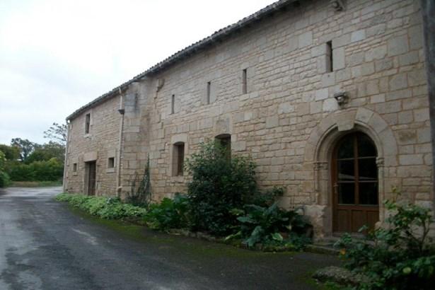 Saint Maxire - FRA (photo 2)