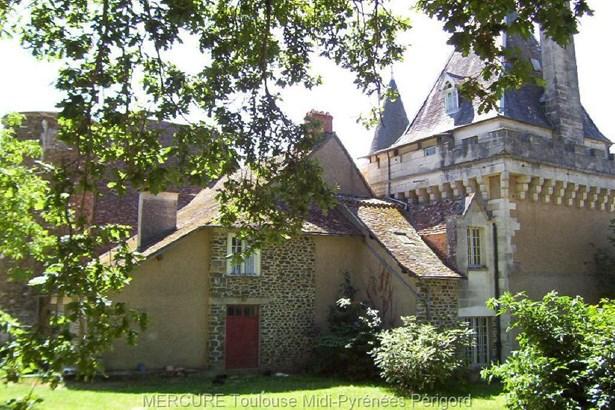 Saint-jean-de-côle - FRA (photo 1)