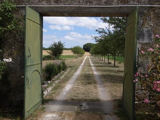 Pont L'abbe D'arnoult - FRA (photo 5)