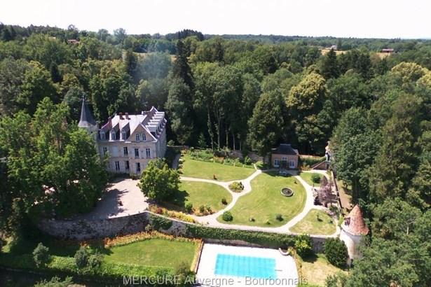 Neronde-sur-dore - FRA (photo 1)