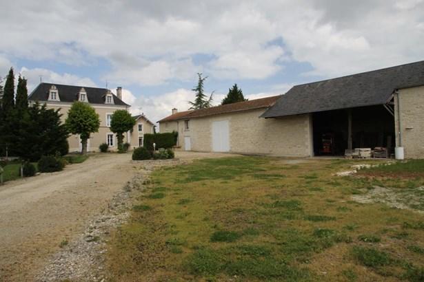 Charrais - FRA (photo 2)
