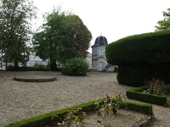 Angouleme - FRA (photo 5)