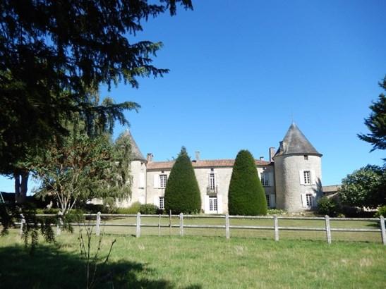 Celles Sur Belle - FRA (photo 1)