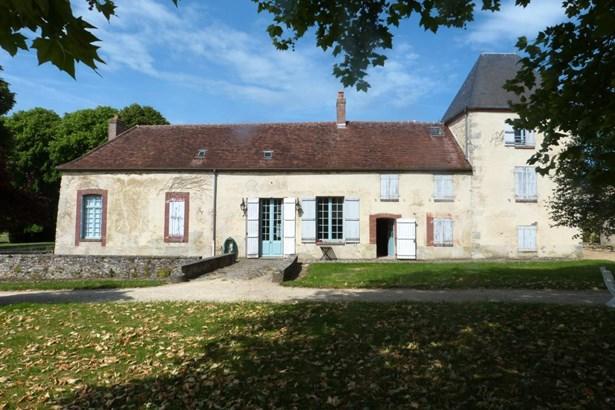 Montmirail - FRA (photo 3)