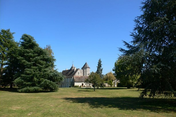 Chatellerault - FRA (photo 1)