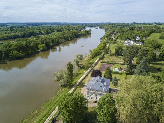 Nevers - FRA (photo 3)