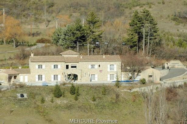Laragne - FRA (photo 4)