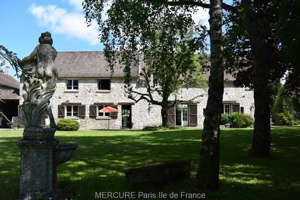 Montereau-fault-yonne - FRA (photo 1)