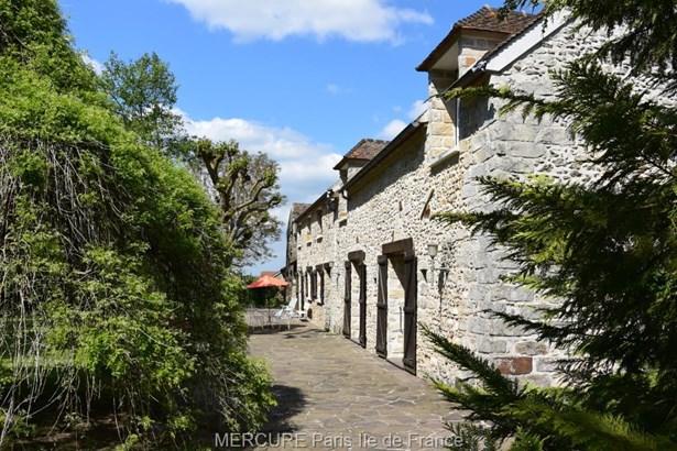Montereau-fault-yonne - FRA (photo 5)