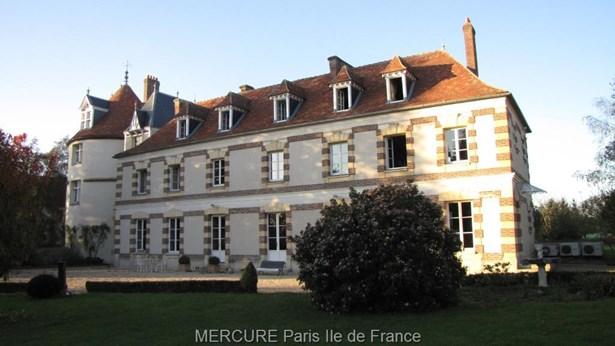 Crevecoeur En Brie - FRA (photo 1)