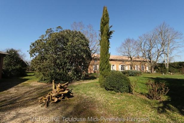 Montauban - FRA (photo 2)