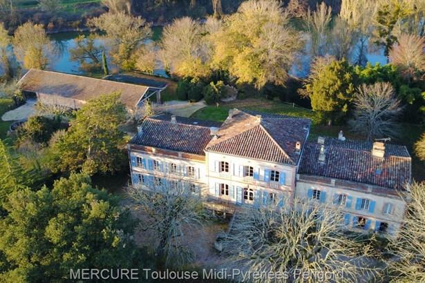 Buzet Sur Tarn - FRA (photo 1)
