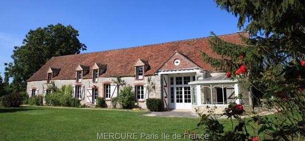 Vieux-champagne - FRA (photo 2)