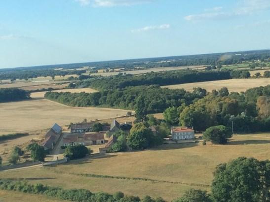 Chauvigny - FRA (photo 1)