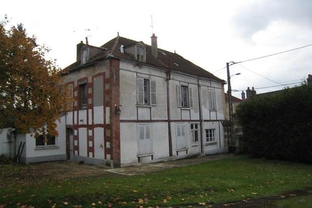 Brienon-sur-armancon - FRA (photo 4)