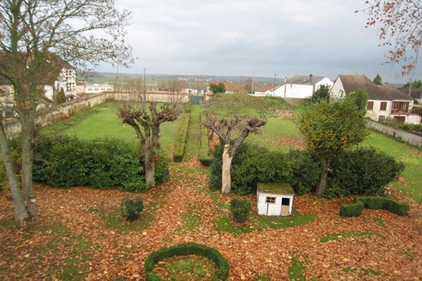 Brienon-sur-armancon - FRA (photo 5)