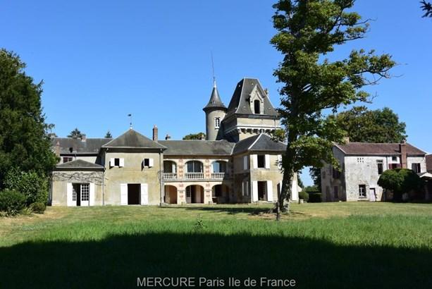Brueil-en-vexin - FRA (photo 1)